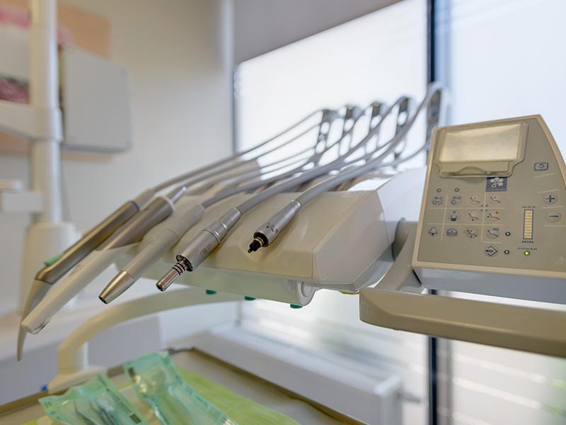 Unit stomatologiczny Stern Weber wGabinetach lekarskich Trójpole 7 wPoznaniu